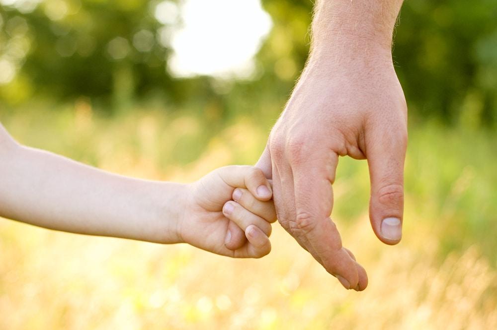 הילדה הועברה למשמורת האב עקב ניכור הורי מצד האם